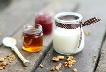 cách làm mặt nạ sữa chua và mật ong