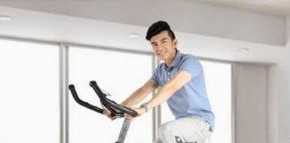 xe đạp thể thao trong nhà